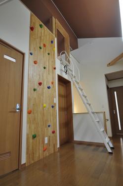 2階からロフトへ