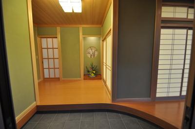 広がりのある玄関