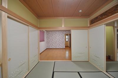 和室とつながるご両親の寝室