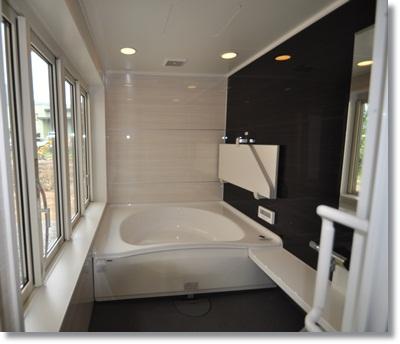 大きなお風呂がある家