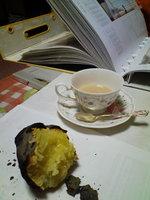 紅茶と焼き芋